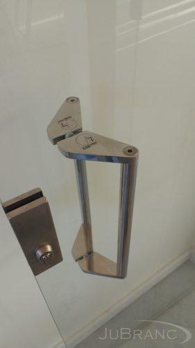 Puxador de porta em inox 1